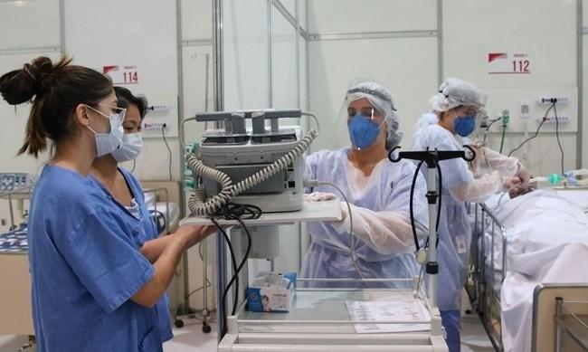 Brasil registra mais de 2 mil mortes e 78,7 mil infectados por covid-19 em 24h