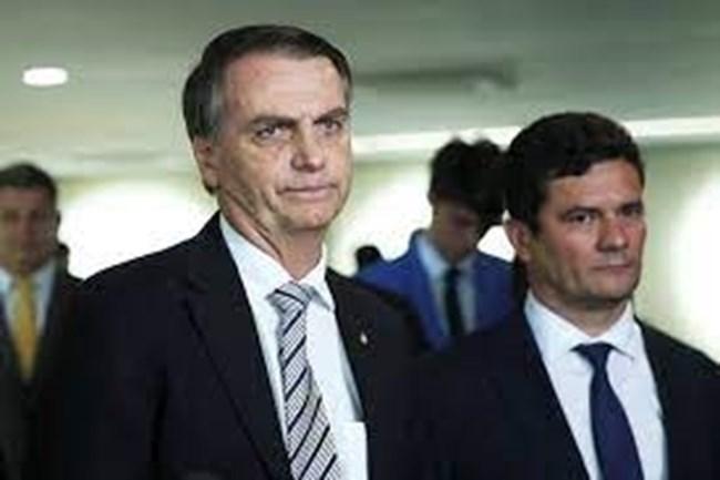 Ministro do STF manda reabrir investigação para saber se Bolsonaro interferiu na Polícia Federal